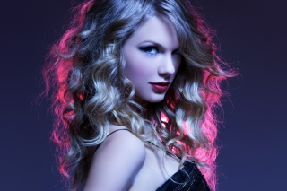 Taylor Swift Curly Picture for Android, iPhone and iPad