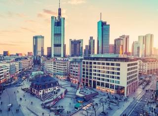 City in Germany - Obrázkek zdarma pro 1366x768
