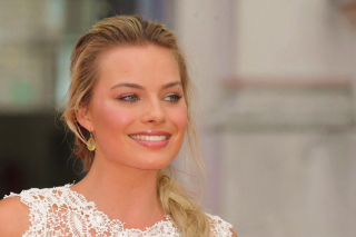 Margot Robbie Actress Background for Android, iPhone and iPad