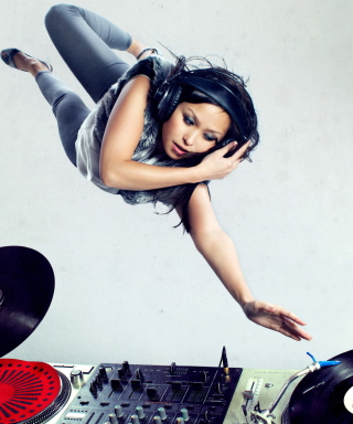 Dj Girl - Obrázkek zdarma pro Nokia X3