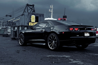 Chevrolet Camaro in Port Wallpaper for Android, iPhone and iPad