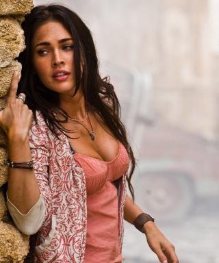 Megan Fox Actress - Obrázkek zdarma pro Nokia Asha 203