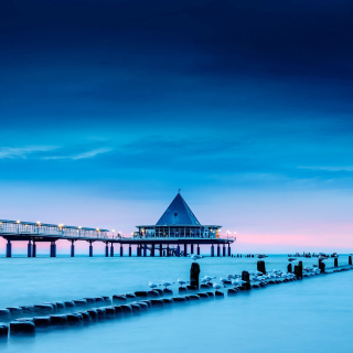 Blue Sea Pier Bridge - Obrázkek zdarma pro 128x128