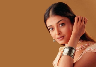 Free Aishwarya Rai Picture for Android, iPhone and iPad