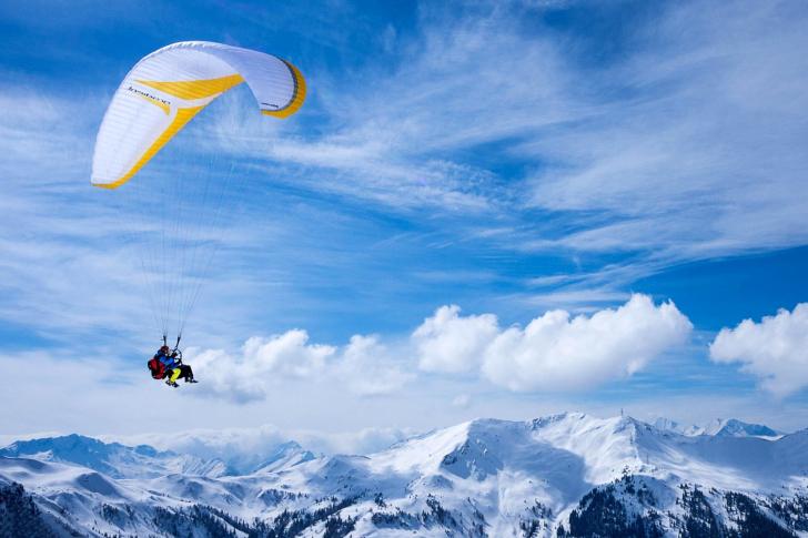 Paragliding wallpaper