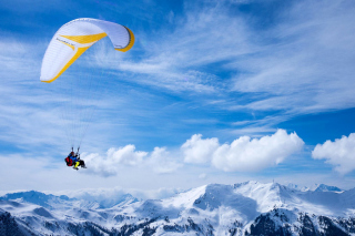 Free Paragliding Picture for Android, iPhone and iPad