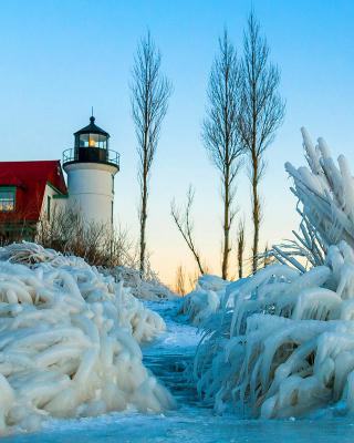 Winter Frozen Lighthouses - Obrázkek zdarma pro 132x176