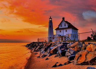 Lighthouse In Michigan Background for Android, iPhone and iPad