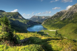 Lake In Austria Background for Android, iPhone and iPad