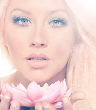 Christina Aguilera With Lotus - Obrázkek zdarma pro Nokia Asha 308
