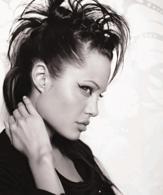 Angelina Jolie - Obrázkek zdarma pro Nokia Lumia 610