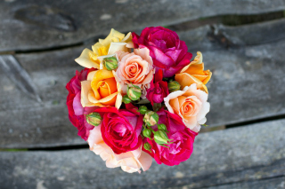 Free Rustic Rose Bouquet Picture for Android, iPhone and iPad