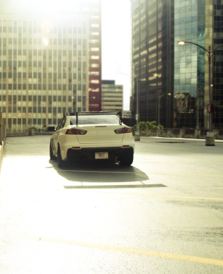 Mitsubishi Lancer Evo Urban - Obrázkek zdarma pro iPhone 4