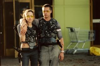 Mr. & Mrs. Smith - Obrázkek zdarma pro Motorola DROID 3