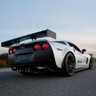 Corvette Z06 - Obrázkek zdarma pro 320x320