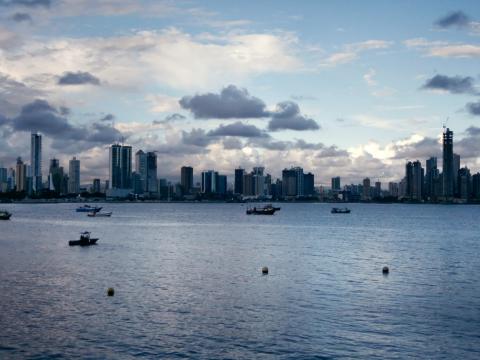 Screenshot №1 pro téma Panama City 480x360