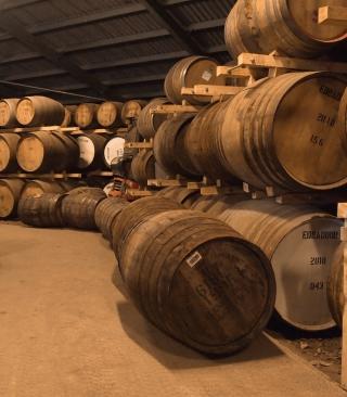 Whiskey Barrels - Obrázkek zdarma pro Nokia 5233