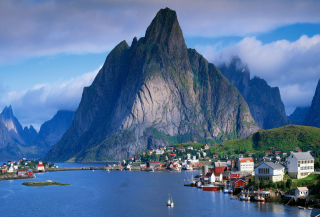 Free Beautiful Norway Picture for Android, iPhone and iPad