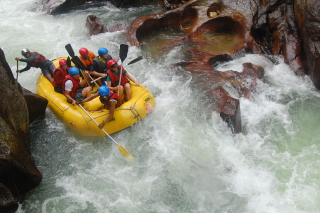 Water Rafting Background for Android, iPhone and iPad