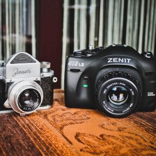 Zenit Camera - Obrázkek zdarma pro iPad Air