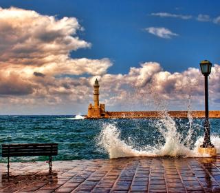 Lighthouse In Greece - Obrázkek zdarma pro iPad Air