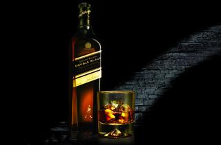 Whiskey Bottle - Obrázkek zdarma pro HTC Desire