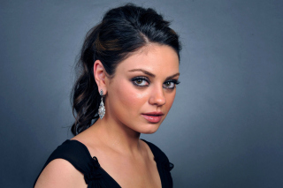 Talented actress Mila Kunis Background for Android, iPhone and iPad