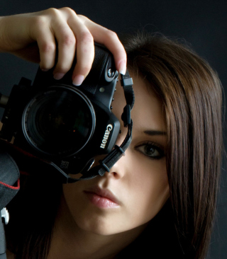Girl Photographer - Obrázkek zdarma pro iPhone 4S
