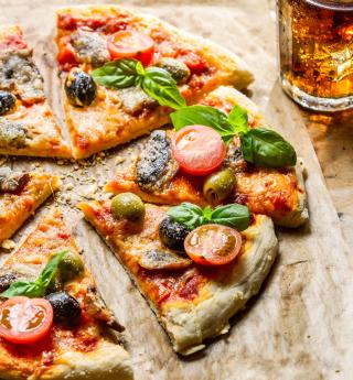 Pizza - Obrázkek zdarma pro 1024x1024
