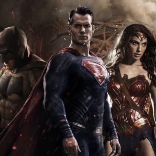 Batman v Superman Dawn of Justice - Obrázkek zdarma pro iPad mini