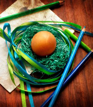 Egg In Nest - Obrázkek zdarma pro 240x432