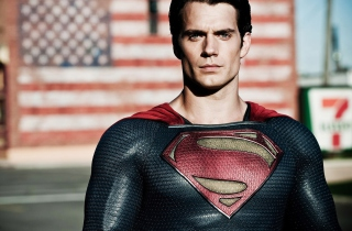 Henry Cavill In Man Of Steel Picture for Android, iPhone and iPad