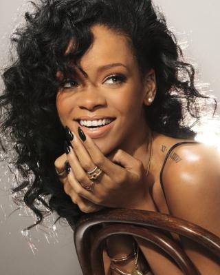 Rihanna - Obrázkek zdarma pro 132x176