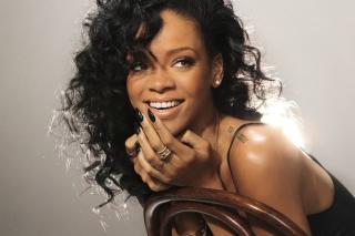 Rihanna - Obrázkek zdarma pro Android 480x800
