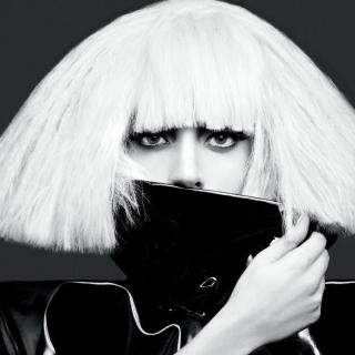 Lady Gaga Black And White - Obrázkek zdarma pro 320x320