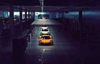 Free Mclaren Mp4 12C Assembly Line Picture for Android, iPhone and iPad