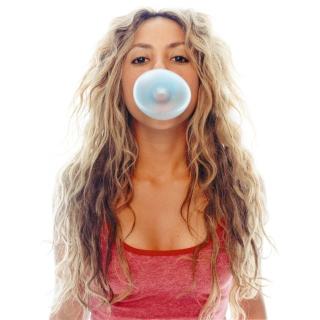 Shakira And Bubble Gum - Obrázkek zdarma pro 2048x2048