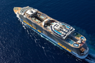 Allure of the Seas Cruise Ship - Obrázkek zdarma pro Widescreen Desktop PC 1920x1080 Full HD