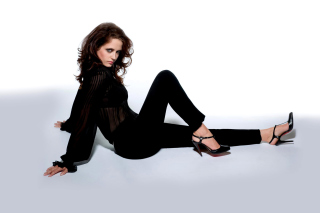 Eva Green on High Heels Wallpaper for Android, iPhone and iPad