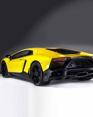 Lamborghini Aventador LP 720 4 Roadster - Obrázkek zdarma pro Nokia X1-00