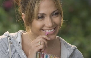 Jennifer Lopez - Obrázkek zdarma pro HTC Desire 310