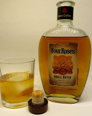 Four Roses Bourbon - Obrázkek zdarma pro 240x432