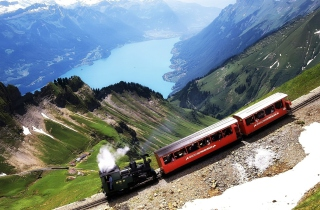 Free Old Switzerland Train Picture for Android, iPhone and iPad
