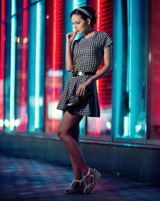Girl After Disco - Obrázkek zdarma pro Nokia Asha 202