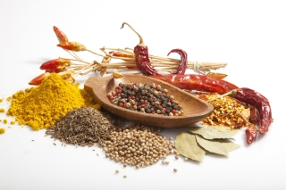 Spices and black pepper - Obrázkek zdarma pro Widescreen Desktop PC 1600x900