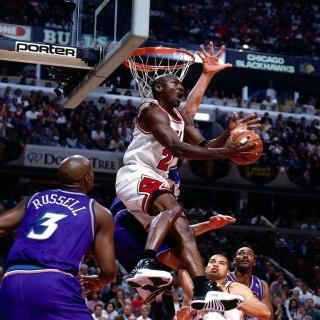 Michael Jordan Goal - Obrázkek zdarma pro iPad mini