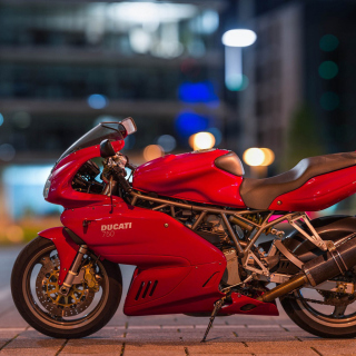 Ducati 750 SS - Obrázkek zdarma pro 1024x1024