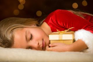 Child With Christmas Present - Fondos de pantalla gratis Stub device