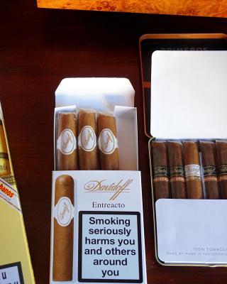Cuban Montecristo Cigars - Obrázkek zdarma pro 240x400