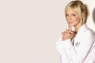 Ashlee Simpson Background for Android, iPhone and iPad